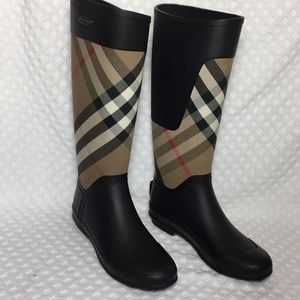 Burberry Clemence Rain Boots Size 9